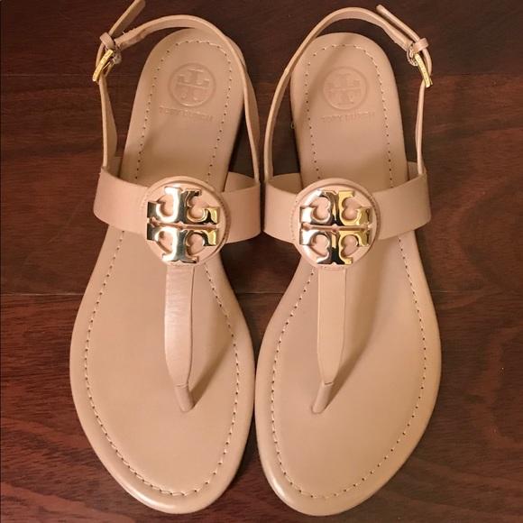 c2ffacca048d Tory Burch Bryce Leather Sandals 8 Makeup. M 5b181553c89e1dfc2d98a0de